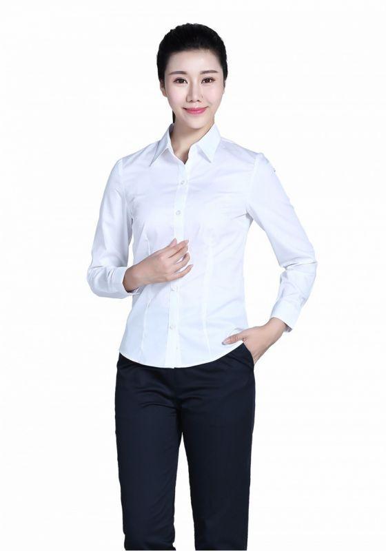 不同风格的女士衬衫如何搭配-
