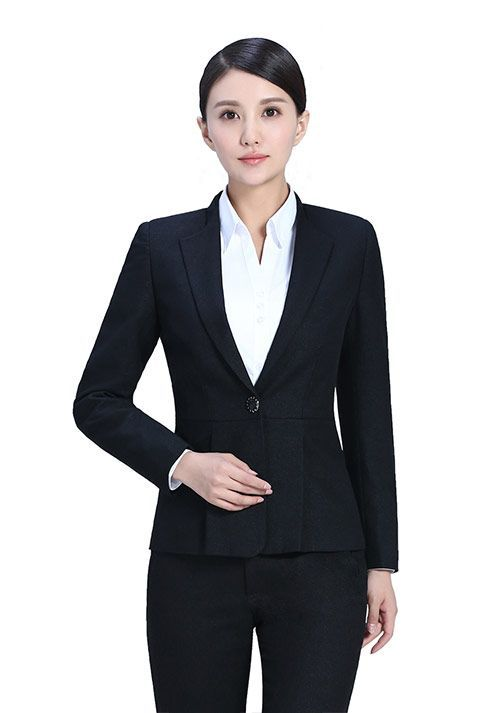 如何选择服务员工作服的款式?【资讯】